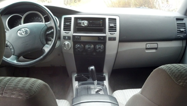 Picture of 2006 Toyota 4Runner SR5 V8 4WD, interior, gallery_worthy