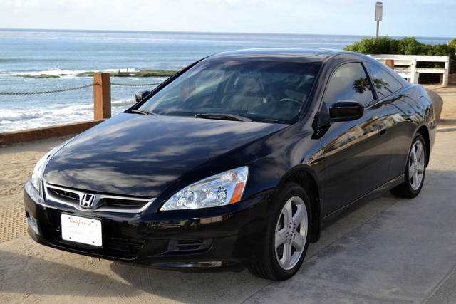2007 honda accord coupe pictures cargurus. Black Bedroom Furniture Sets. Home Design Ideas