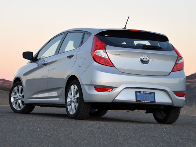 Hyundai accent 2013 hatchback