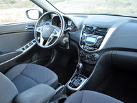 2013 Hyundai Accent SE 4-Door Hatchback FWD, 2013 Hyundai Accent SE Hatchback, interior, gallery_worthy