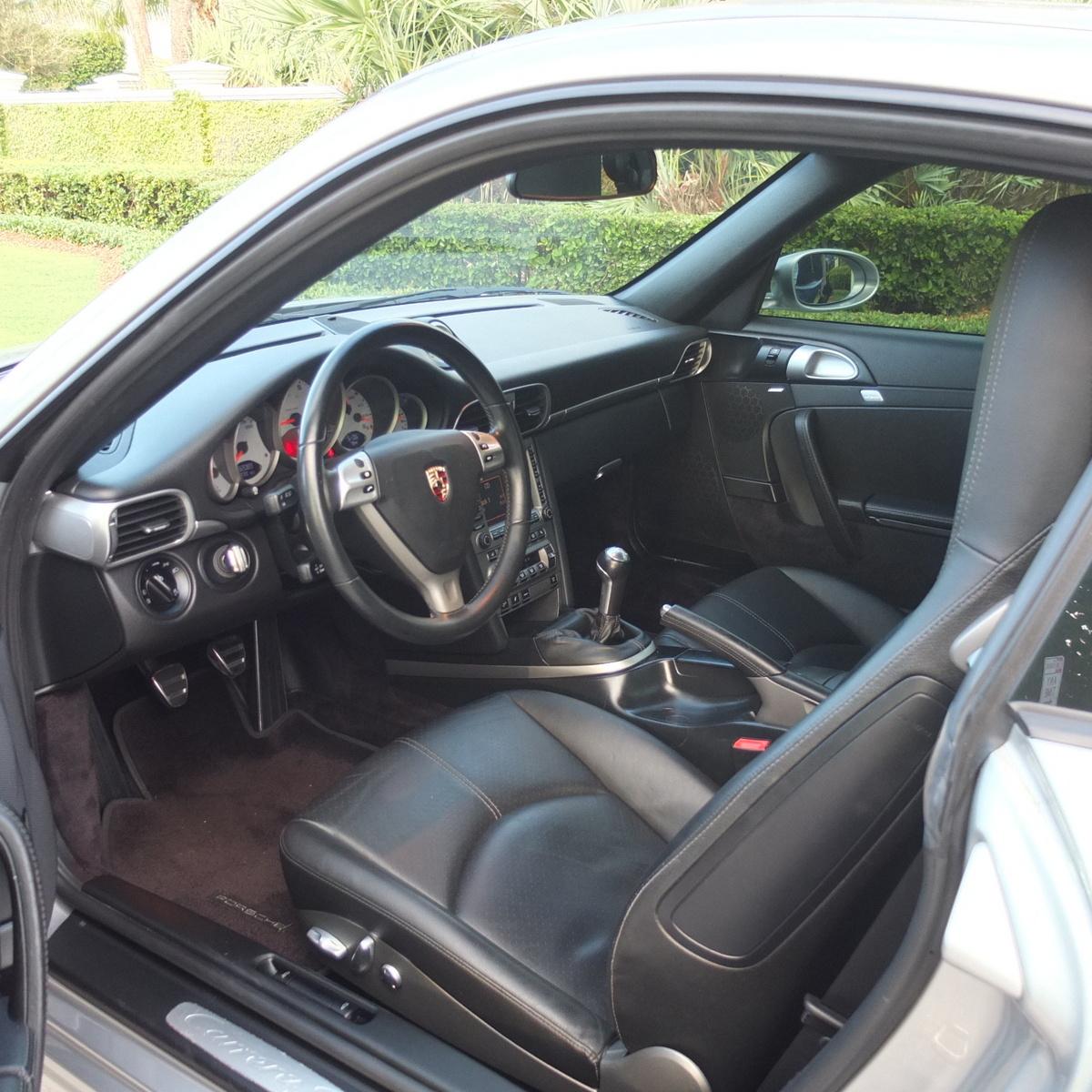 1998 Porsche 911 Interior: 2005 Porsche 911