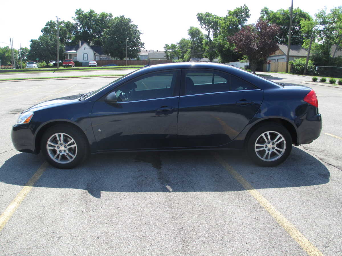 Picture Of 2008 Pontiac G6 Gt