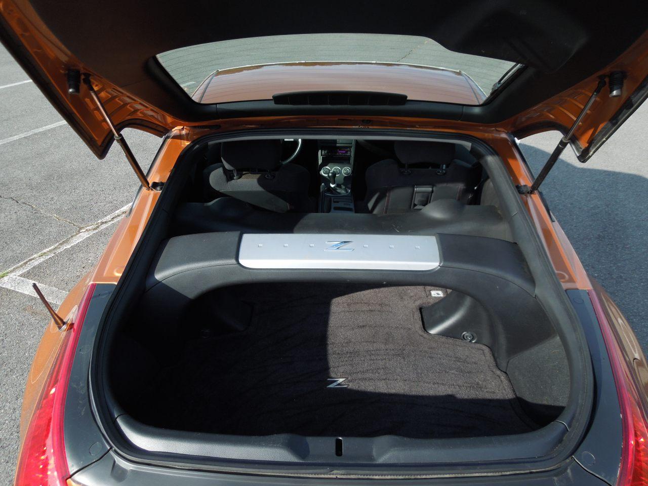 Car picker nissan 350z interior images 350z interior image vanachro Image collections