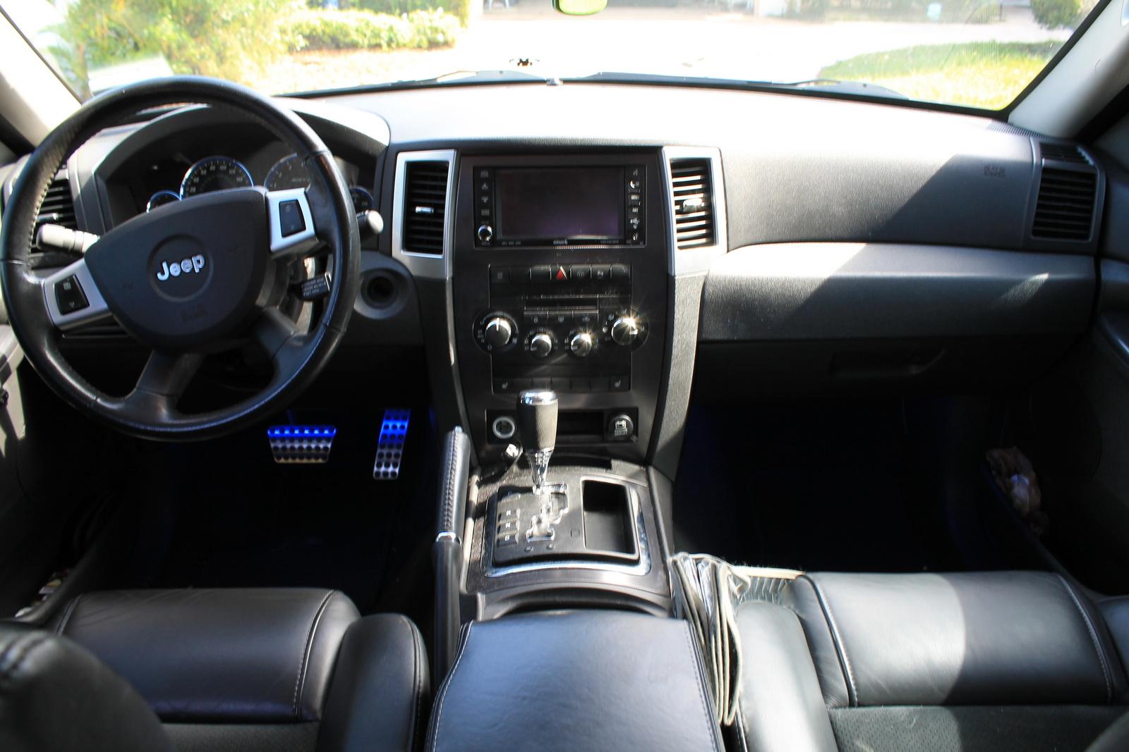 jeep cherokee grand 2008 srt8 interior cargurus cars