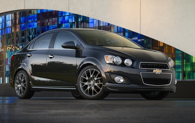 2014 Chevrolet Sonic, Front-quarter view. Copyright General Motors, exterior, manufacturer