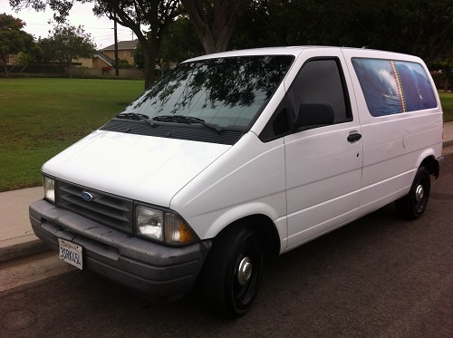 Picture of 1996 Ford Aerostar 3 Dr STD Cargo Van