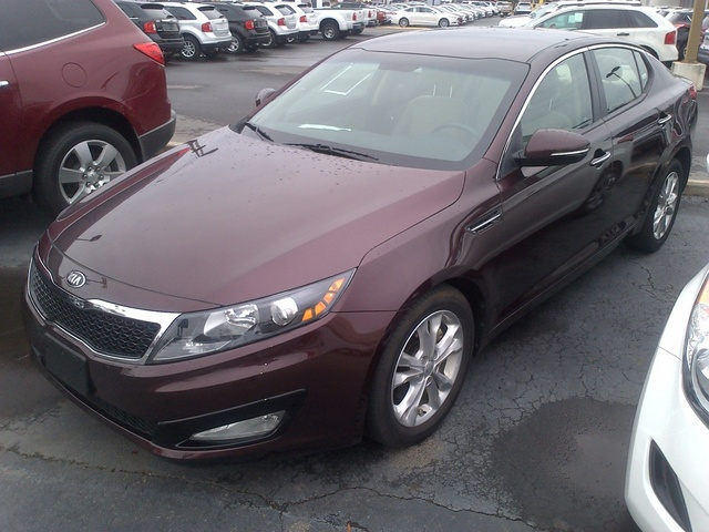 Picture of 2013 Kia Optima LX, exterior, gallery_worthy