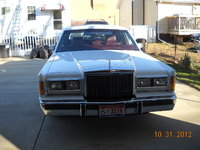 Picture of 1989 Lincoln Continental Base, exterior
