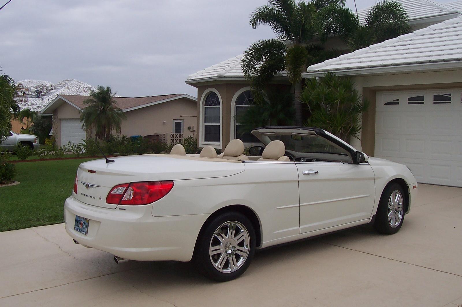 picture of 2008 chrysler sebring limited convertible exterior. Cars Review. Best American Auto & Cars Review