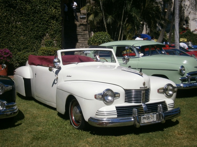 Picture of 1942 Lincoln Continental