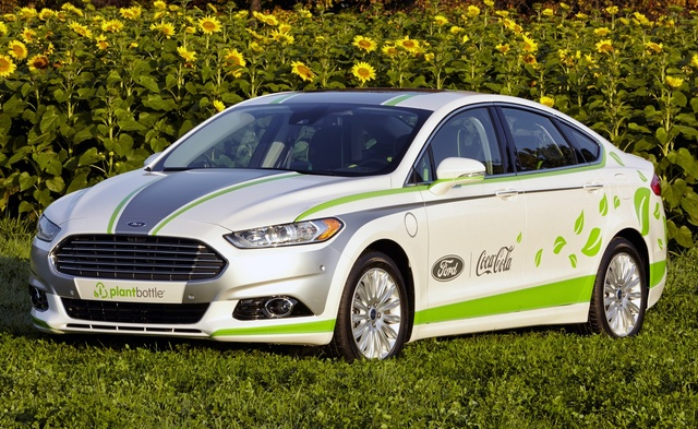 2014 Ford Fusion Energi, Front-quarter view, exterior, manufacturer