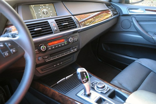 Picture of 2013 BMW X5 xDrive35i AWD, interior, gallery_worthy