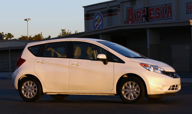 2014 Nissan Versa Note SV front passenger side