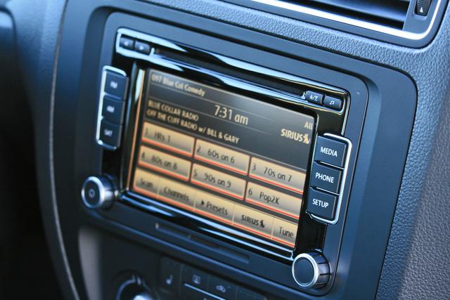 2014 Volkswagen Jetta Sedan sound system touch screen, interior, gallery_worthy