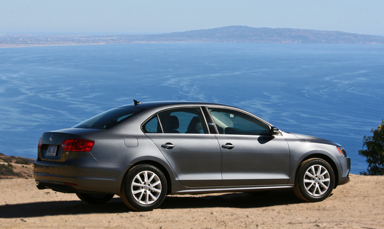 2014 Volkswagen Jetta Sedan rear passenger side