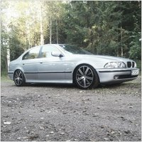 1997 BMW 5 Series Overview