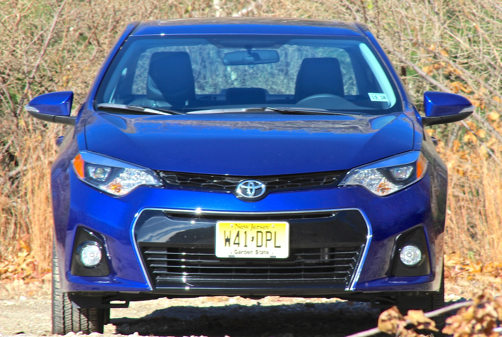Front view of the 2014 Toyota Corolla