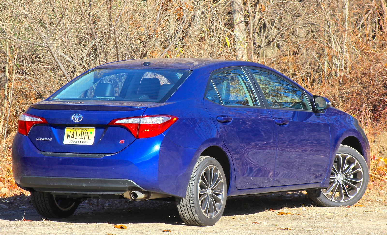 Rear 3/4 view of the 2014 Toyota Corolla