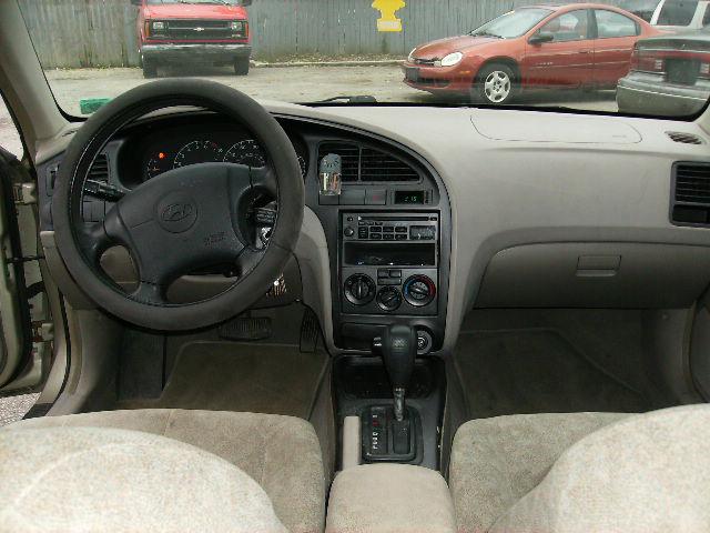 2001 Hyundai Elantra Interior Pictures Cargurus