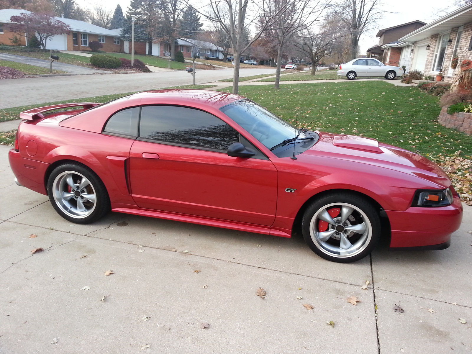 Displaying 16 gt images for 2002 saleen mustang red
