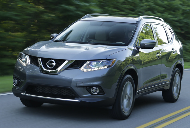 2014 Nissan Rogue, Front-quarter view, exterior, manufacturer, gallery_worthy