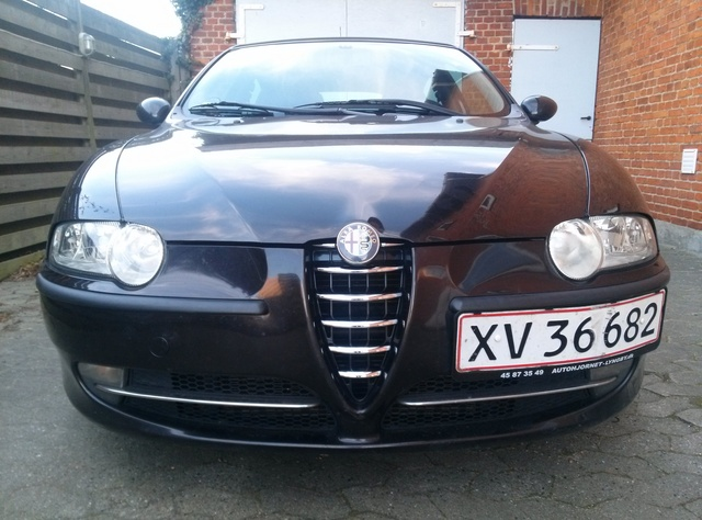 Picture of 2001 Alfa Romeo 147