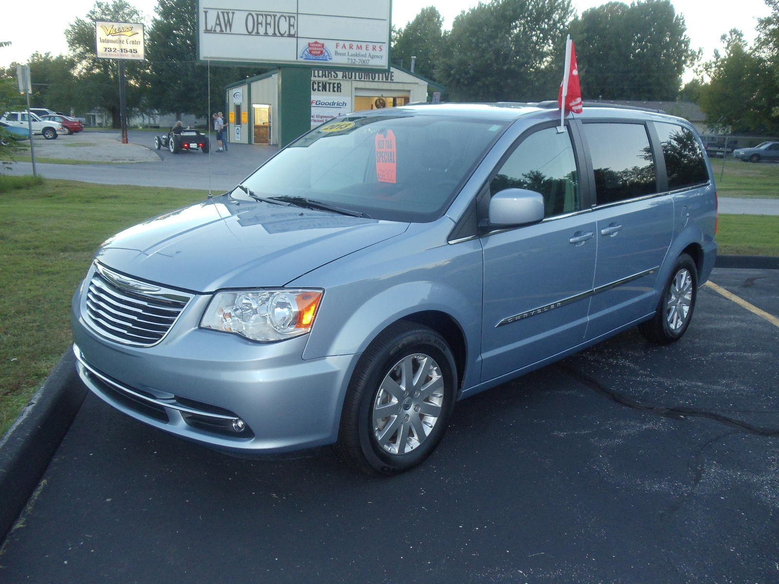 picture of 2013 chrysler town country touring exterior. Cars Review. Best American Auto & Cars Review