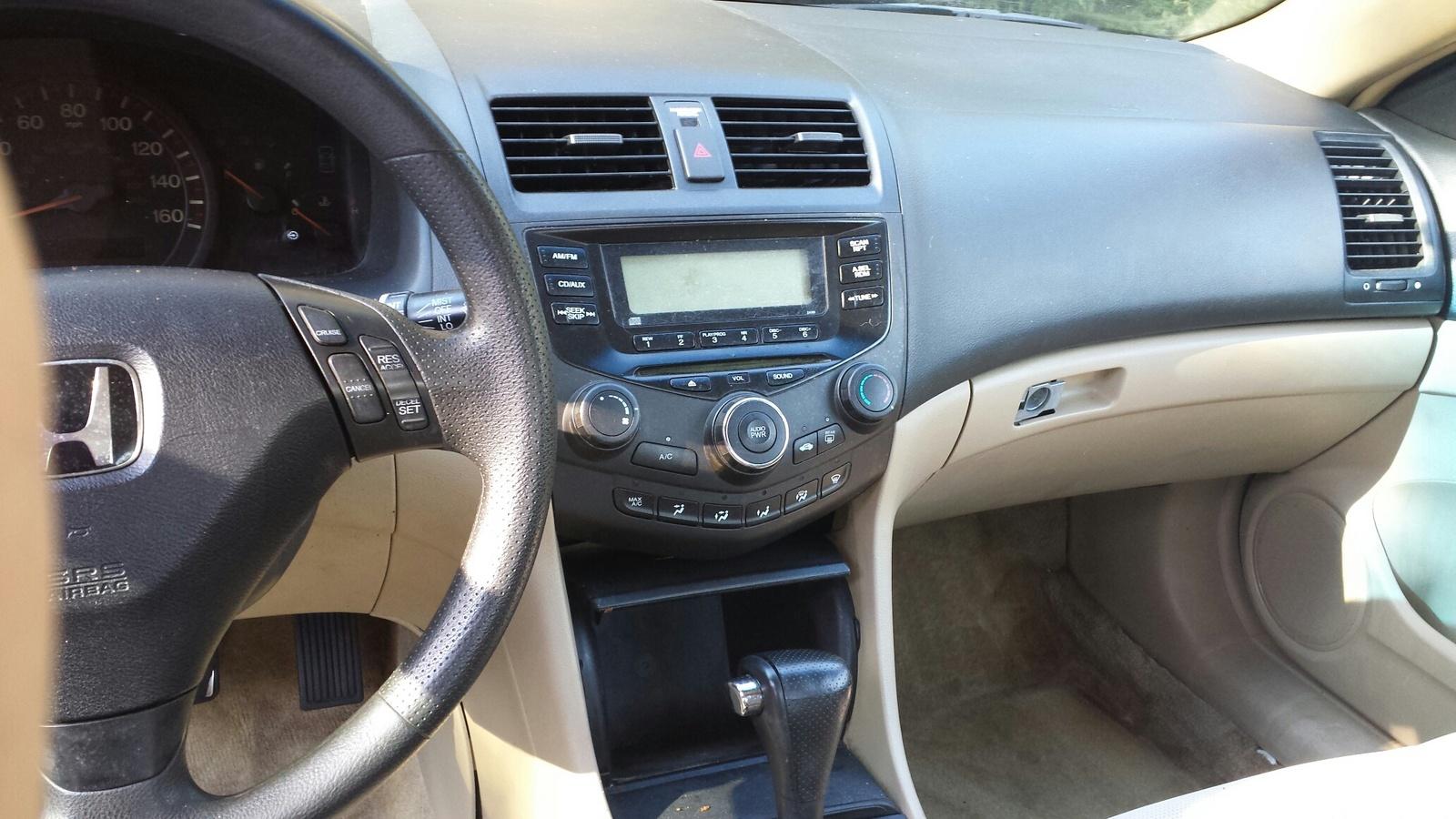 2004 Honda Accord - Interior Pictures - CarGurus