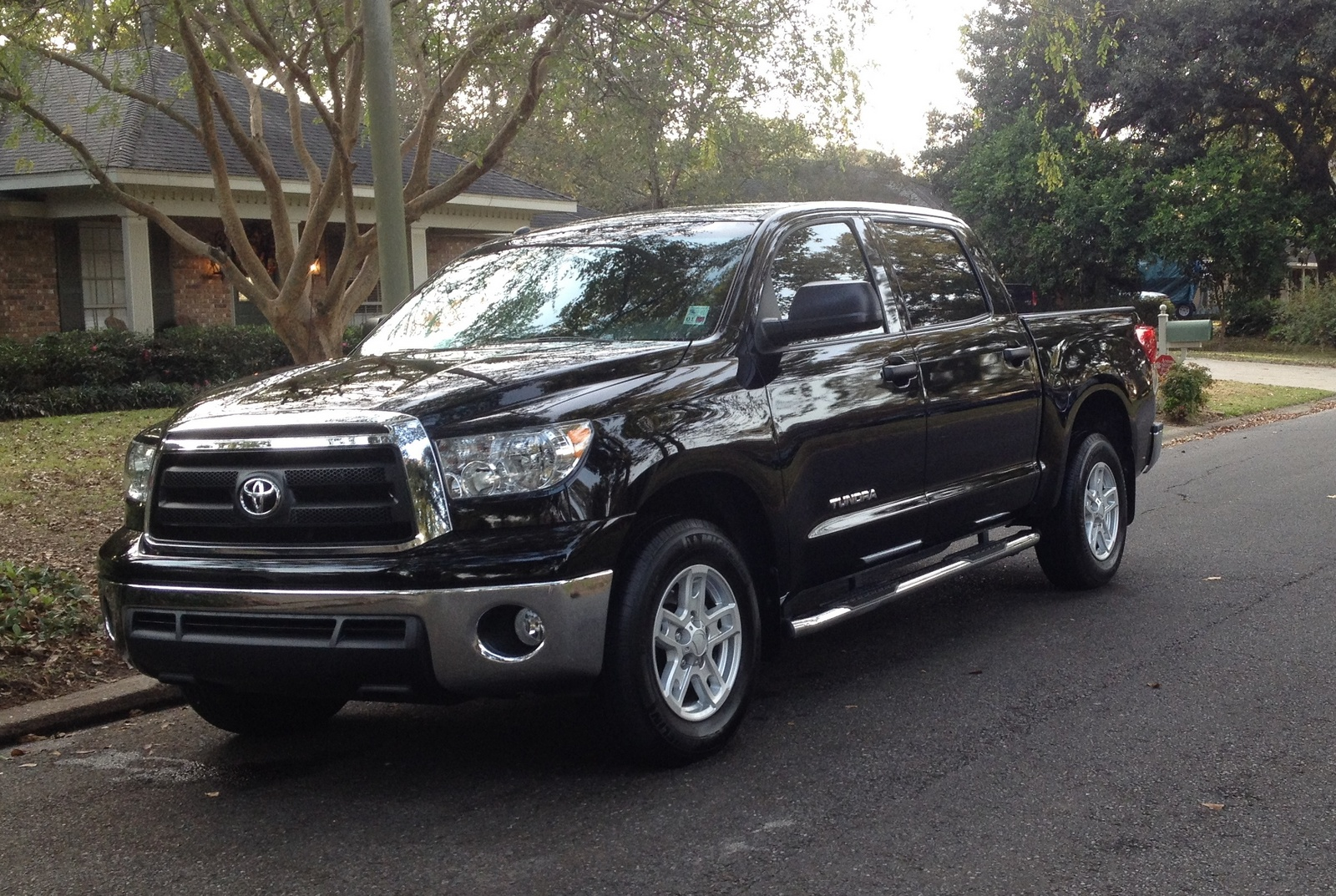 toyota tundra crewmax for sale autos post. Black Bedroom Furniture Sets. Home Design Ideas