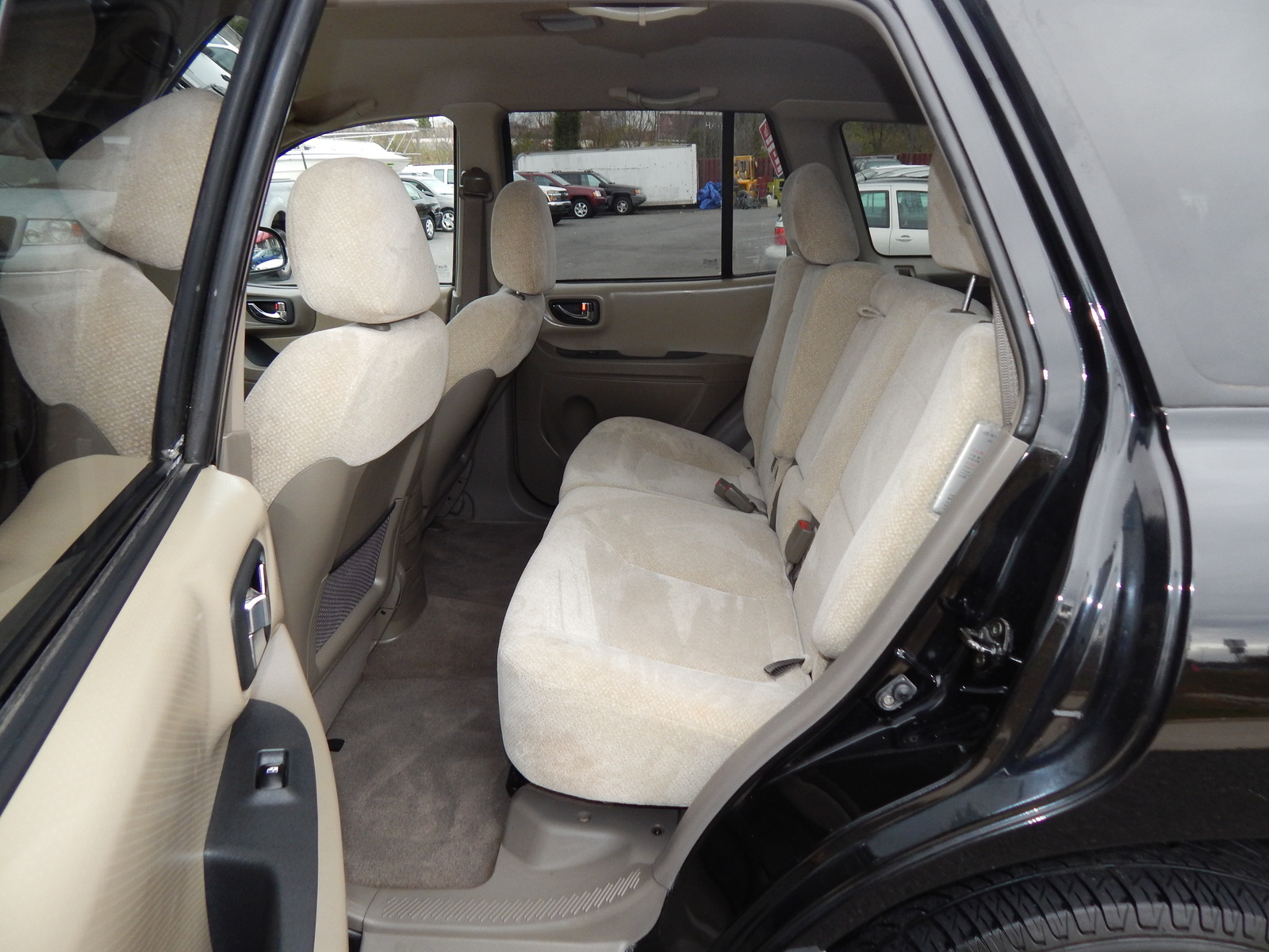 Picture Of 2005 Hyundai Santa Fe Gls 2 7l Interior
