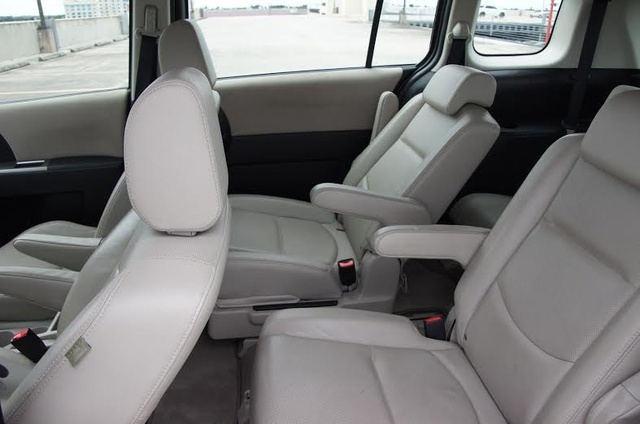 Great Picture Of 2009 Mazda MAZDA5, Interior, Gallery_worthy Design