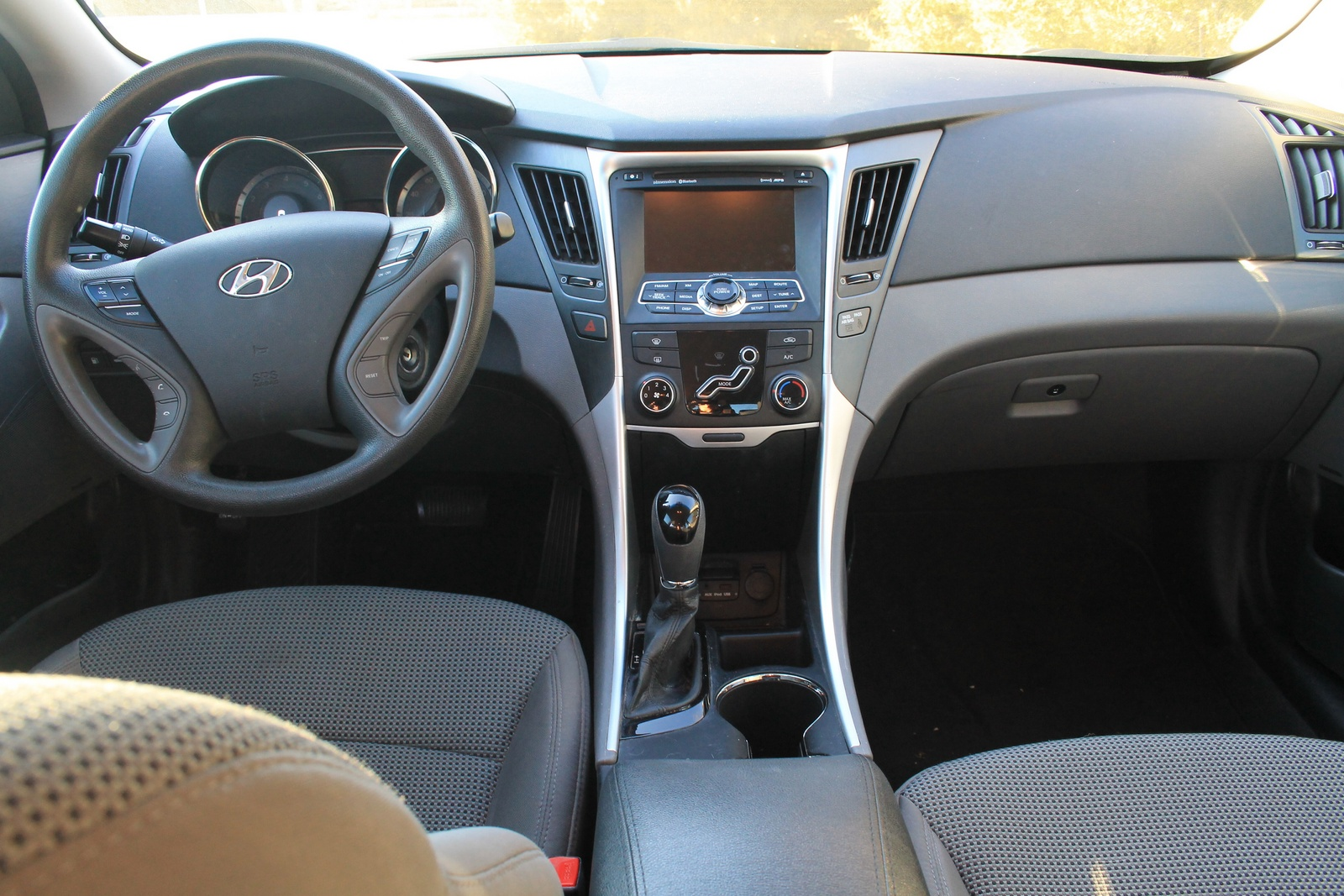 2011 hyundai sonata interior pictures cargurus
