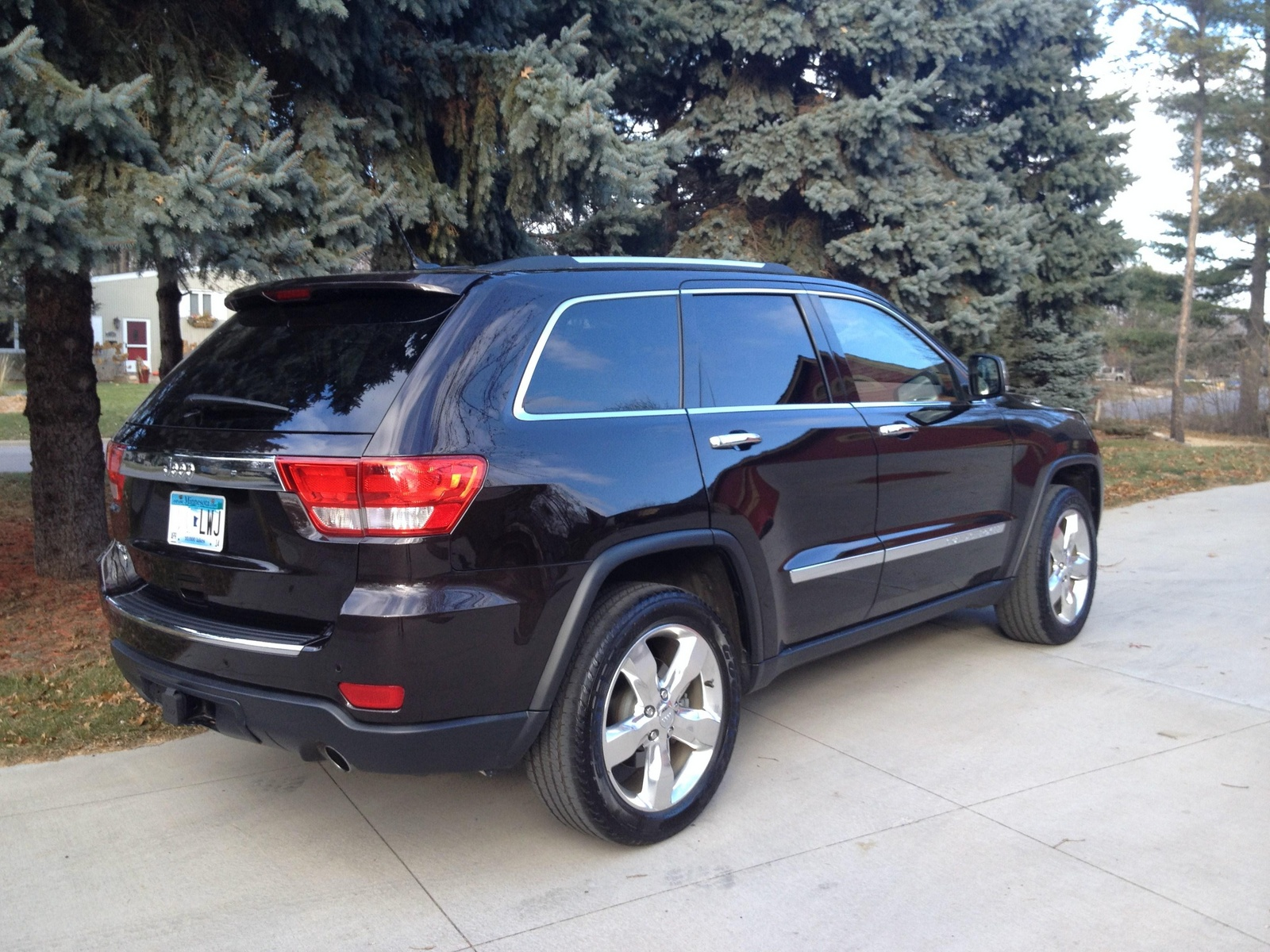 picture of 2012 jeep grand cherokee overland summit 4wd exterior. Cars Review. Best American Auto & Cars Review