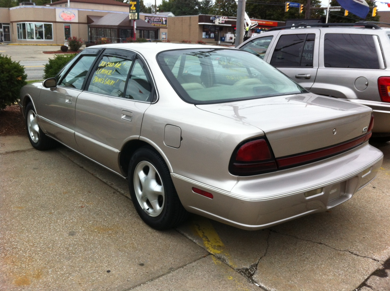 Picture of 1997 Oldsmobile Eighty-Eight LSS