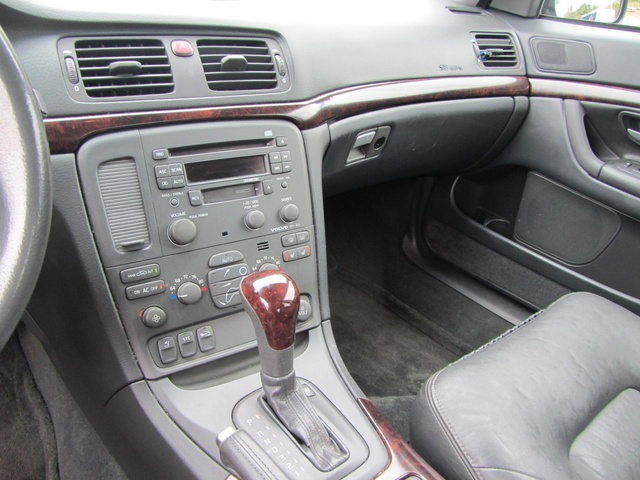2002 volvo s80 interior pictures cargurus. Black Bedroom Furniture Sets. Home Design Ideas