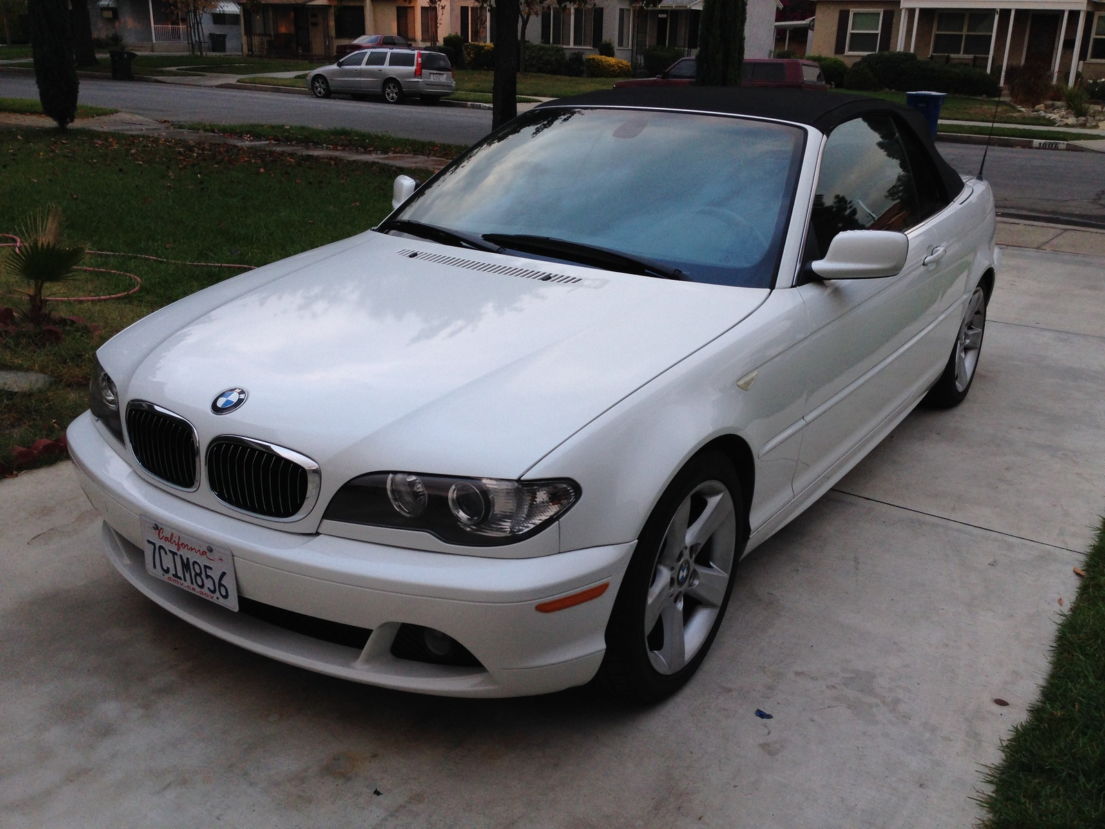 Bmw Series Ci Convertible Pic on 2004 Bmw 3 Series 325i Reviews