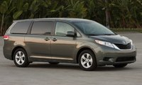 2014 Toyota Sienna Picture Gallery