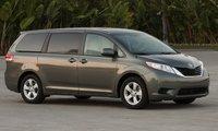2014 Toyota Sienna, Front-quarter view, exterior, manufacturer