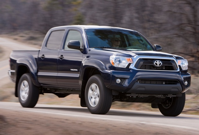 2014 Toyota Tacoma, Front-quarter view, exterior, manufacturer, gallery_worthy