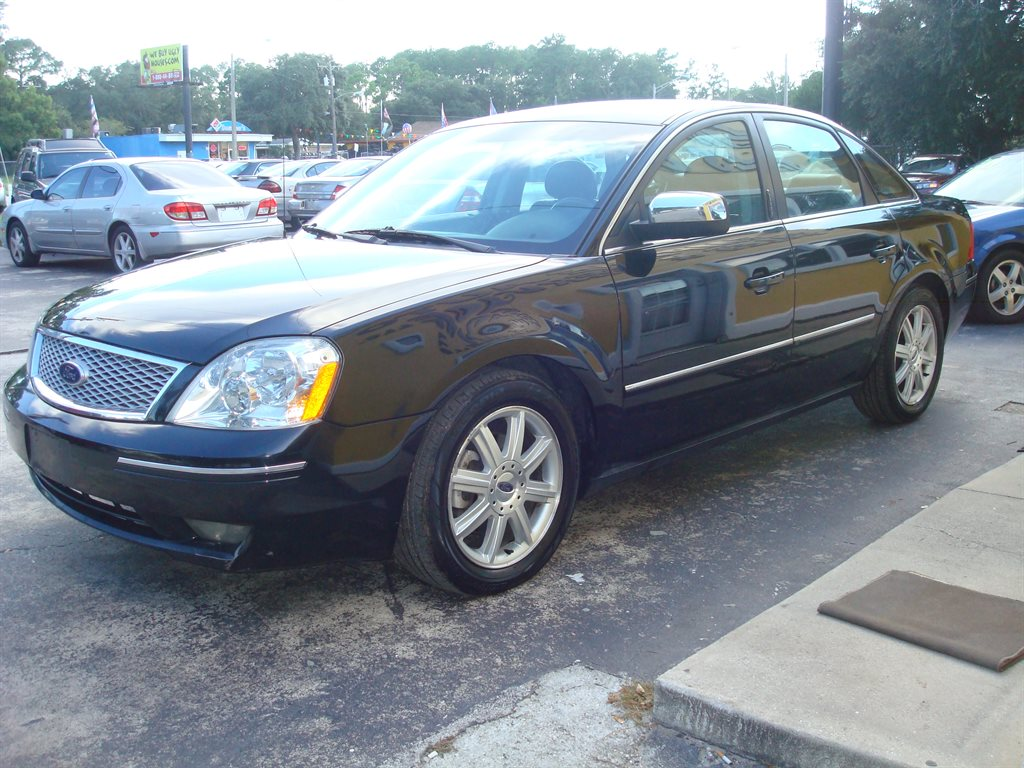 2005 Ford Five Hundred - Pictures