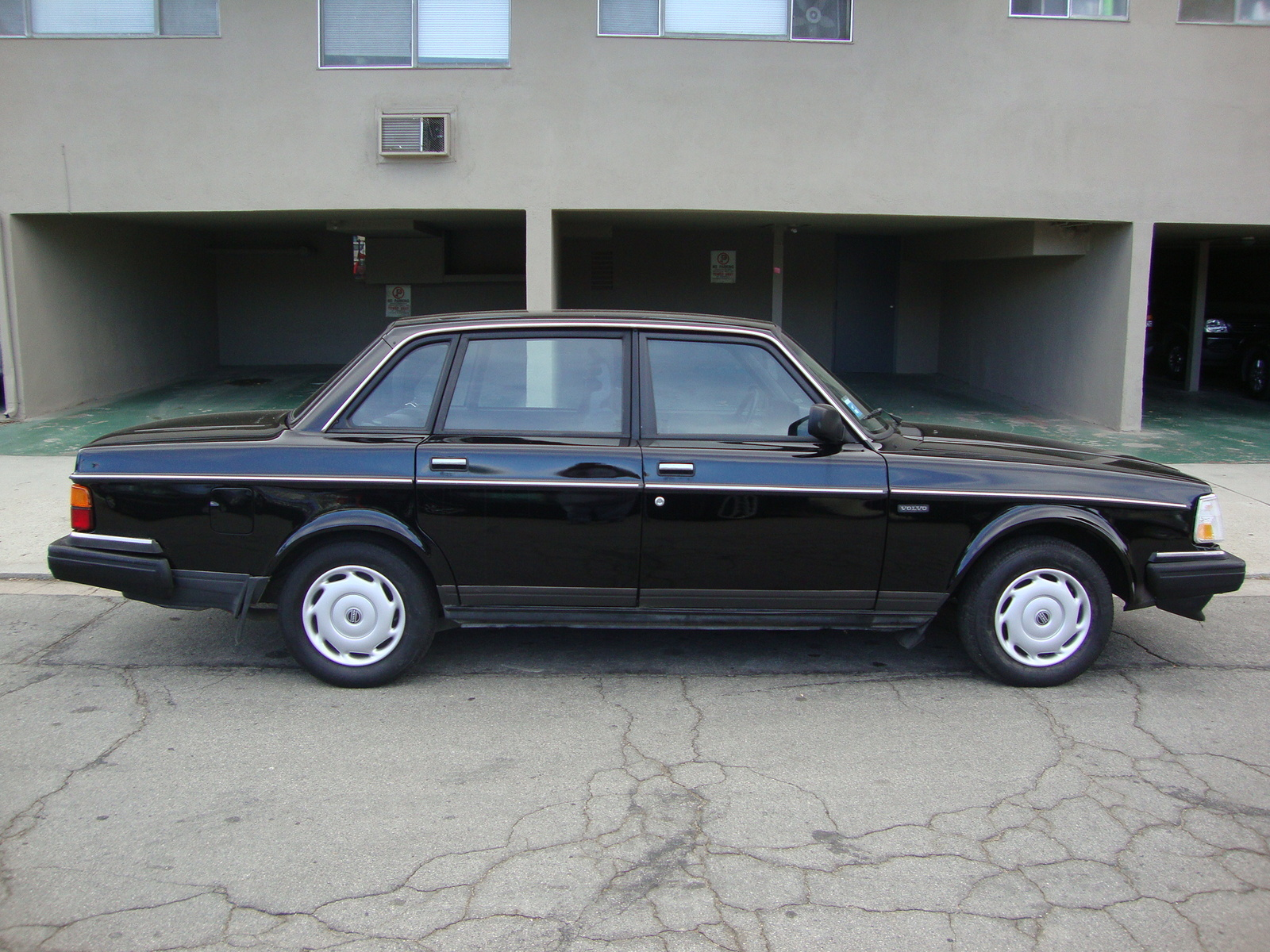 1991 volvo 240 pictures cargurus. Black Bedroom Furniture Sets. Home Design Ideas