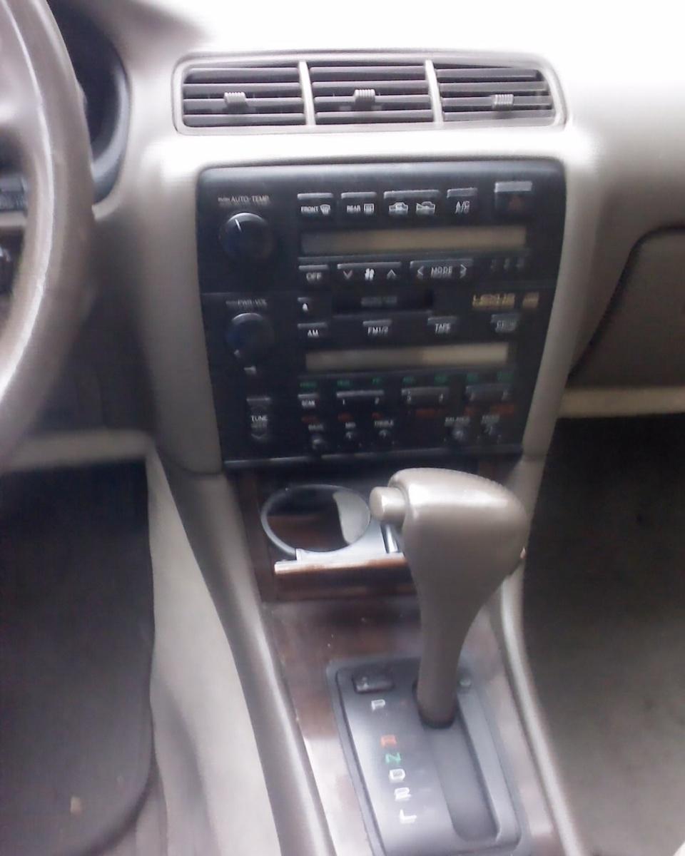 1993 Lexus Sc Interior