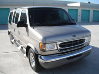2001 Ford E-150 Overview