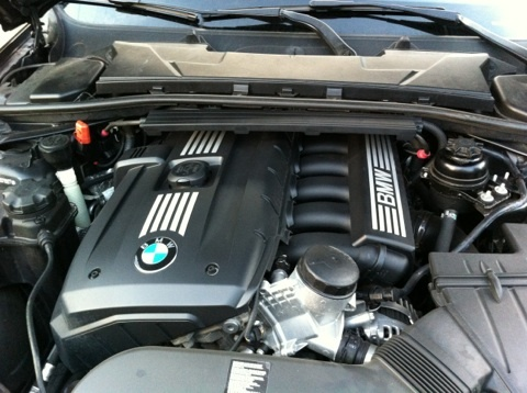 Picture of 2011 BMW 3 Series 328i Sedan RWD, engine, gallery_worthy