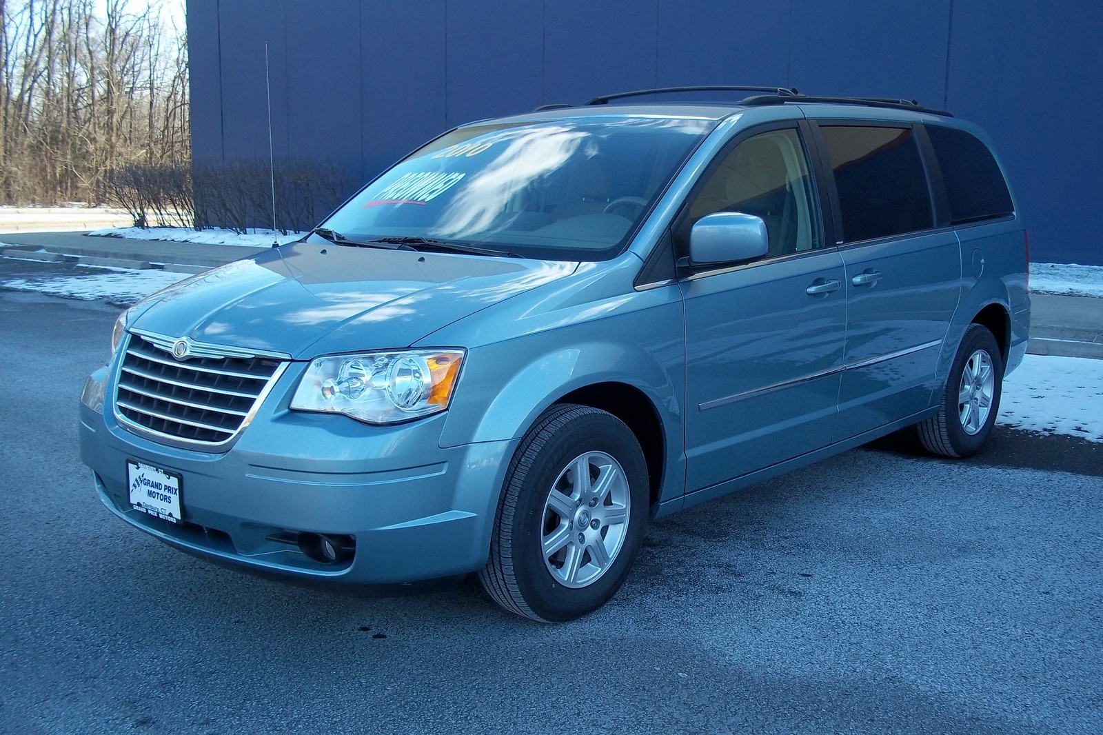 08 chrysler town and country reviews