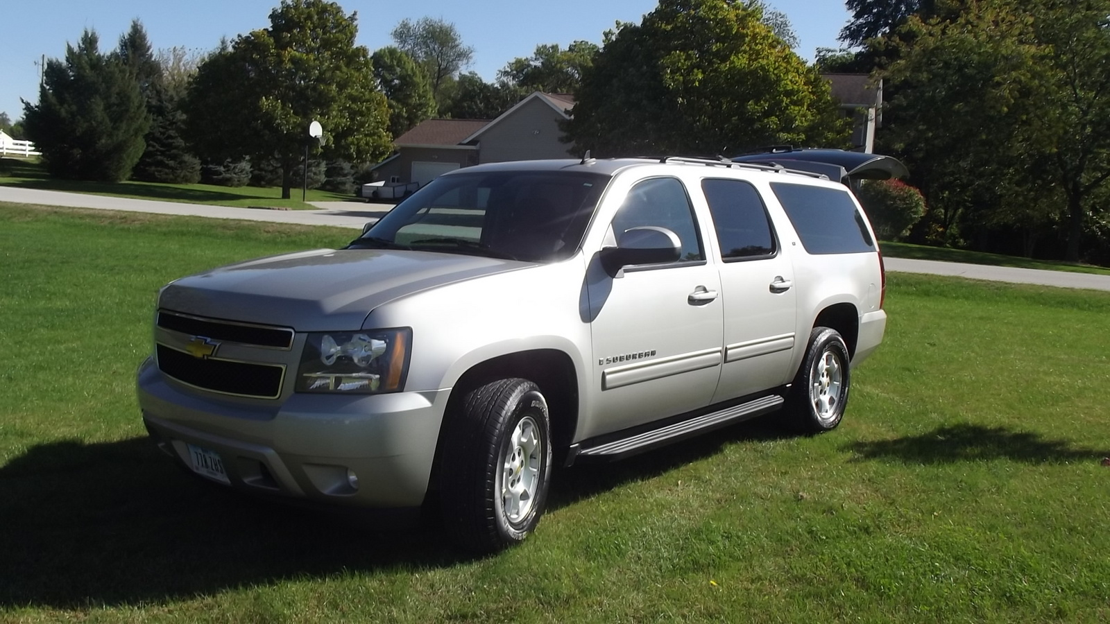 2013 chevrolet suburban lt 2500 4wd for sale page 2 cargurus autos post. Black Bedroom Furniture Sets. Home Design Ideas