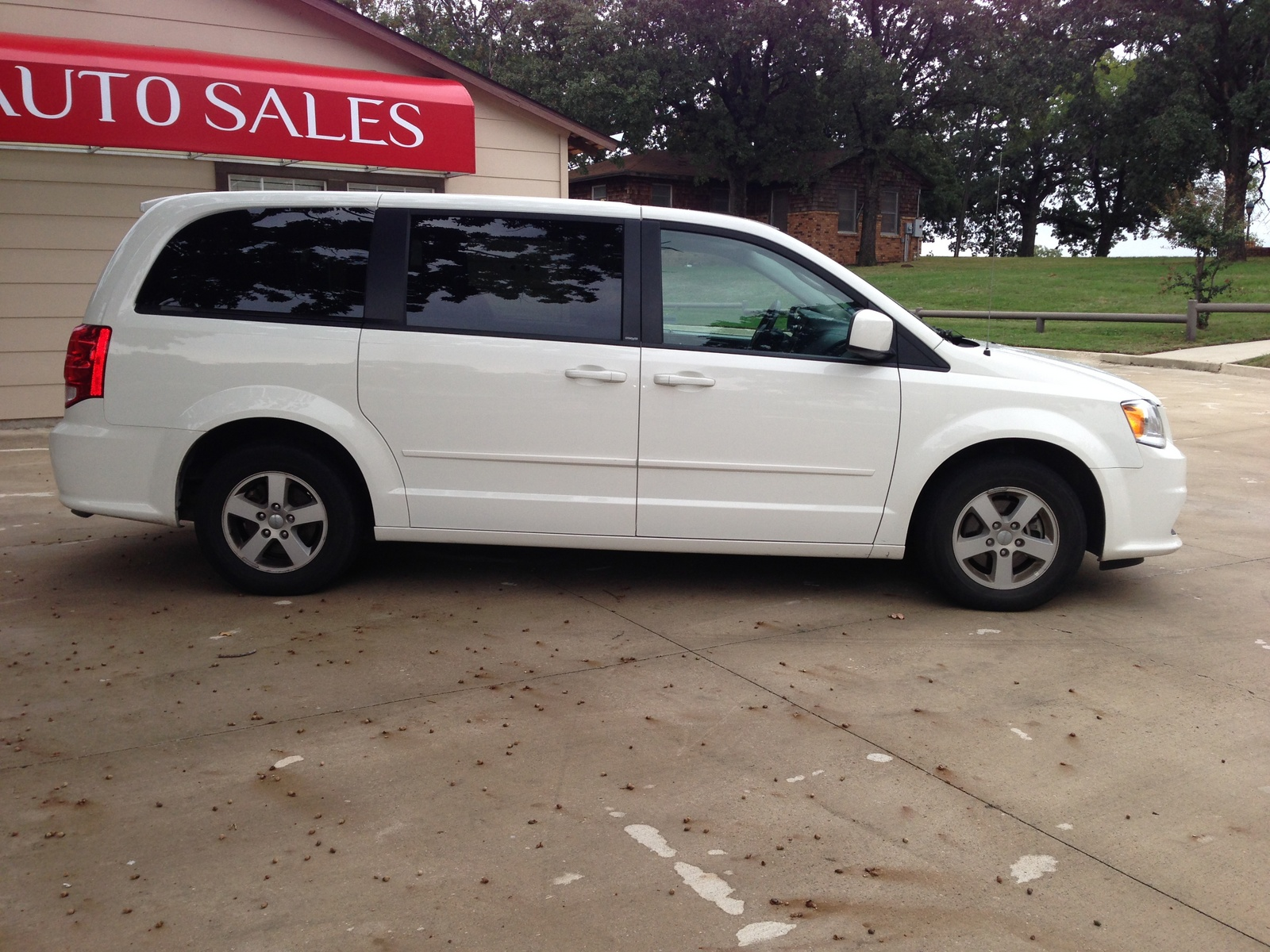 picture of 2013 dodge grand caravan sxt exterior. Cars Review. Best American Auto & Cars Review