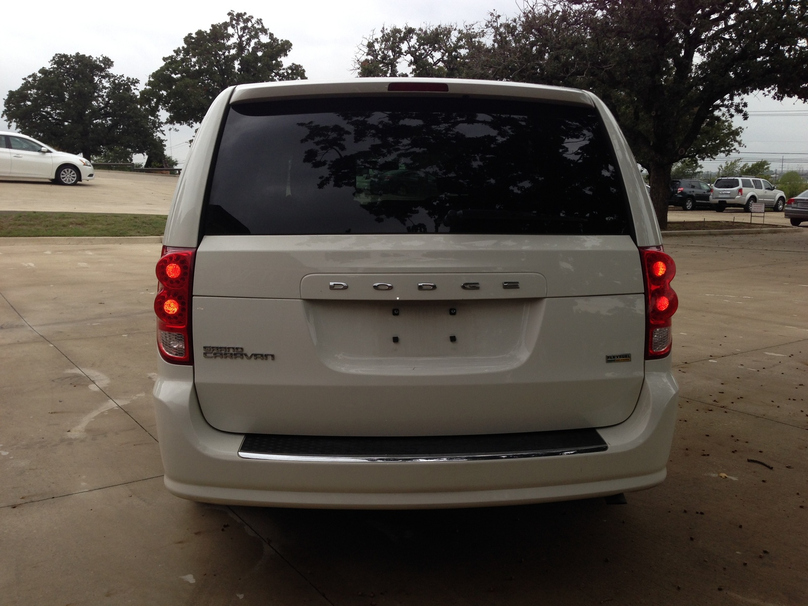 2013 dodge minivan prices photos ratings and reviews aol autos weblog. Black Bedroom Furniture Sets. Home Design Ideas