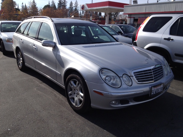2004 mercedes benz e class pictures cargurus for Mercedes benz e500 station wagon