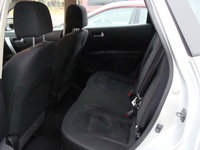Picture of 2009 Nissan Rogue S, interior